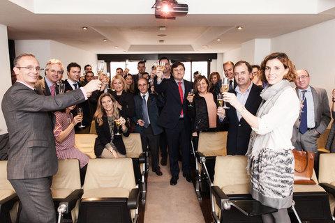 Colegio de Mediadores de Seguros Asturias - En 2015, brindamos por Ningún Niño Sin Cenar -  Colegio de Mediadores de Seguros del Principado  Colegio de Mediadores de Seguros del Principado