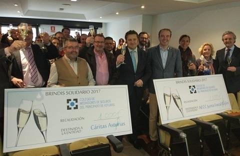 Colegio de Mediadores de Seguros Asturias -  El V Brindis solidario recauda 2.000 euros -  Colegio de Mediadores de Seguros del Principado  Colegio de Mediadores de Seguros del Principado